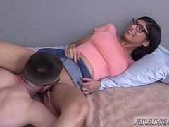 Arab girl gangbang and pussy fingering Mia Khalifa popped a admirers cherry