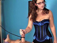 Spex mature masseuse roping clients cock