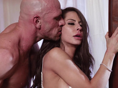 Glamorous wife Madison Ivy wants a rough fuck