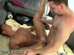 Two handsome gay dudes are into good ass fucking