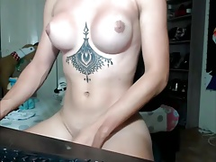 Cant Get Enough Of This Beauty(Cumshow)
