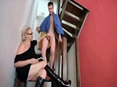 Hungarian mature babe gets her juicy twat smashed