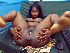 Ebony Woman squirts Milk out of her breasts on the webcam
