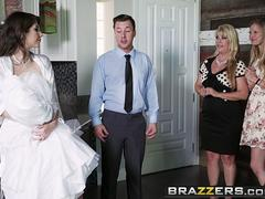 Brazzers - Real Wife Stories - Say Yes To Getting Fucked In Your Wedding Dress scene