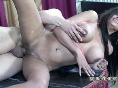 Syanne Simmons takes some dick from a stranger
