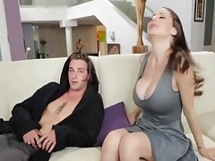 StepMom gives him BJ for confidence