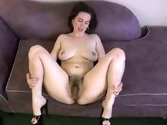 huge bushy cum bucket