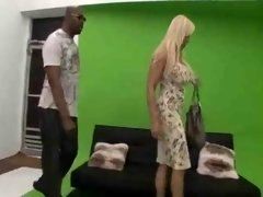 Blonde Grown-up hot sex with sizeable black man