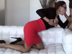 Super-hot secretary knows what real passion means