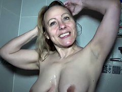 Carole french cougar affamee