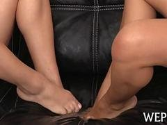 These lesbian hotties loves pissing on each other
