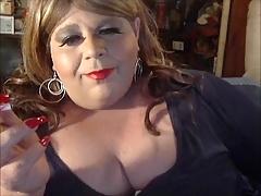 Sissy Diane Le Queen Smoking Like A Slut