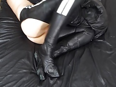 Soft shiny leather fuck pants
