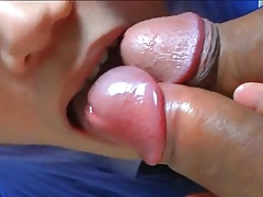 Sucking XXX Clips