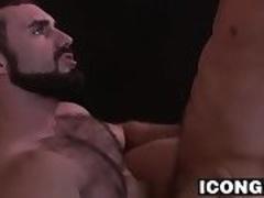 Musuclar DILF Jaxton Wheeler piercing this hunks asshole