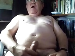 Daddy latino play in cam and cum