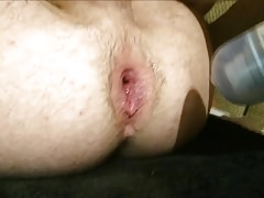 Stretching hungry gay hole with big thing