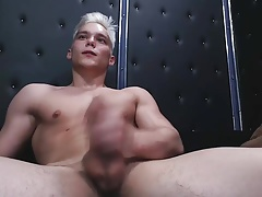 Blonde twink's hot cumshow