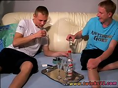 Euro twinks Artur and King love chainsmoking