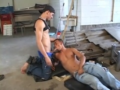 A queer gets his butt unforgettably fucked in a garage