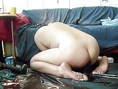 Huge dildo's make me cum.
