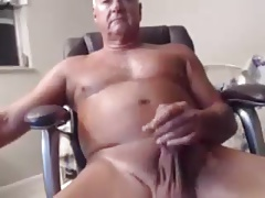 VERY SEXY OLDER MAN