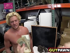 Dude robs store and gets his ass fucked by storeowners