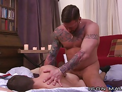 IconMale Hugh Hunter offered Horny Twink Hole