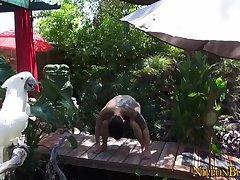 Asian hunk solo tugging