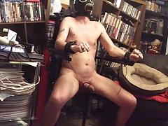Torture estim in chair