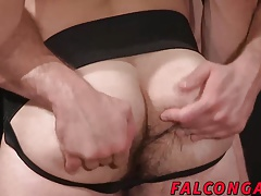 Deepthroat and deep anal show for deep pleasure