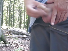 Sperma im Wald cum in the forest