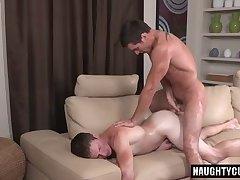 Big dick gay flip flop and creampie