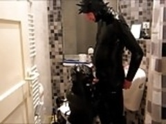 Rubber Slaves Blow & Piss Orgy