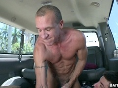 Two homos fuck in a car after mutual handjobs and blowjobs