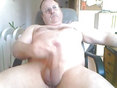 Dad again horny on wank and cumshot