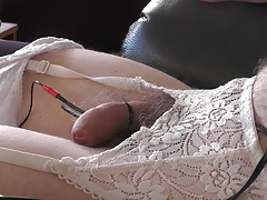 Cumming with Electric plus a finger