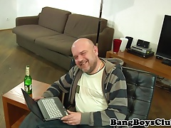 European escort hunk asslicked and cocksucked