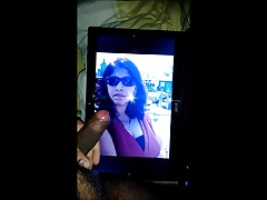 Cum Tribute to sexy busty indian mom