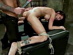 Bondage domination sadisme masochisme, Gros seins, Bondage, Brunette brune