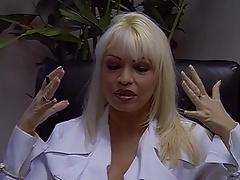 Double pénétration, Partouze, Groupe, Interracial, Fessée