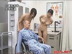 Japanische massage, Nackt