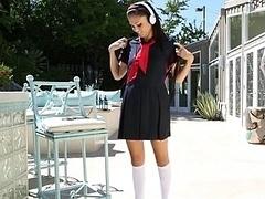 18 jaar, Pijpbeurt, Jonge meid, Hardcore, Masturbatie, Klein, Mager, Uniformpje