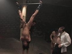 Anal, Bondage domination sadisme masochisme, Brunette brune, Extrême, Fétiche, Groupe, Hard, Esclave