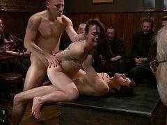 Anaal, Bondage discipline sadomasochisme, Bruinharig, Emo jongen, Groep, Hardcore, Orgie, Openbaar