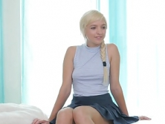 Netgirl Eliza v Amira - competitive sexuality at it probably is finest