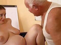 Grandpa Have an intercourse A Pregnant Chick