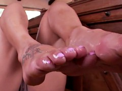 Bigass babe pounded after footfetish