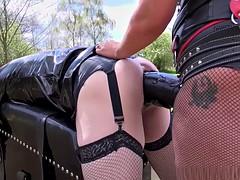 Bondage domination sadisme masochisme, Femme dominatrice, Hard, Latex, Strapon