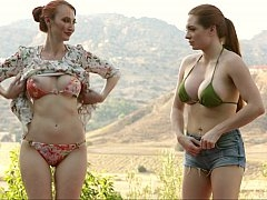 Phenomenal partners undress in the wild